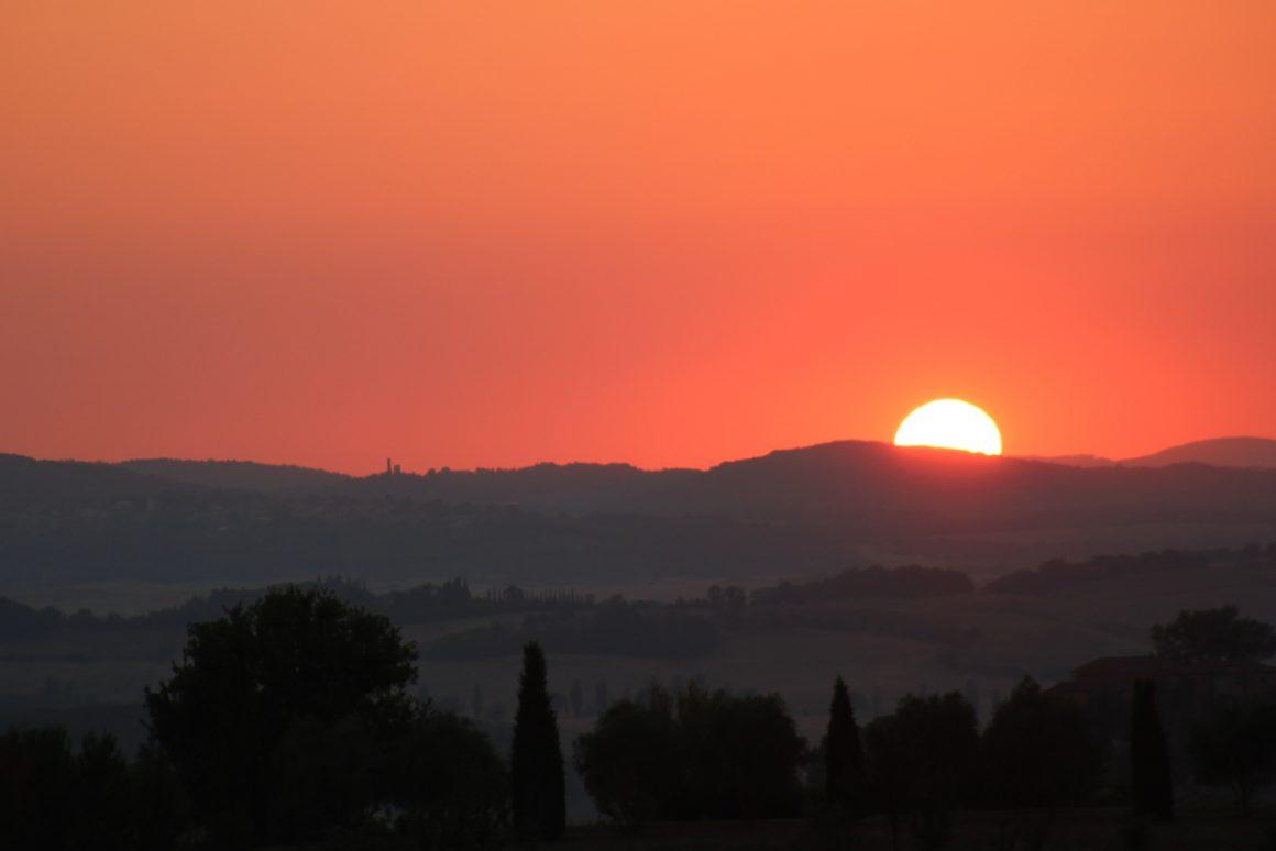 vista tramonto toscana