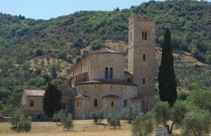 visitare montalcino sant'antimo
