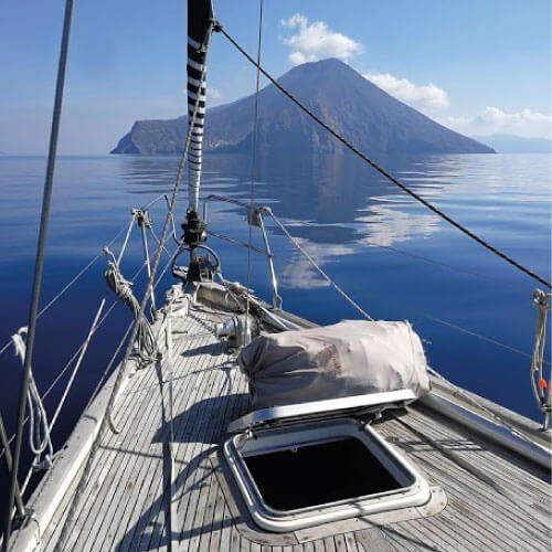 sailing tuscany