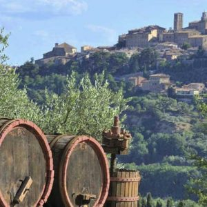 Montepulciano among history and wine