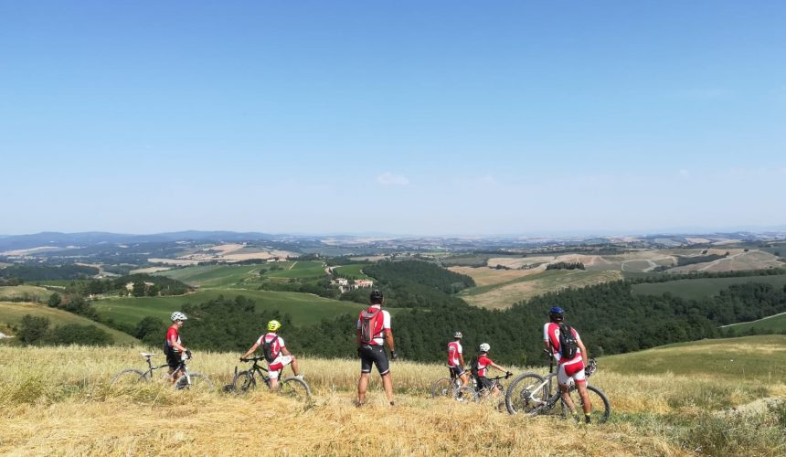Val d'Orcia by bike: 3 itineraries for everyone