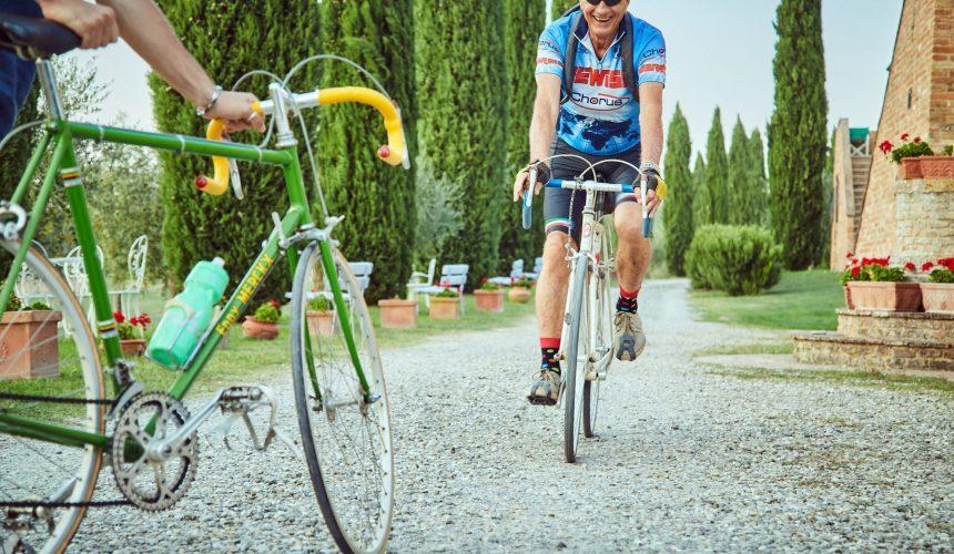 Trekking e cicloturismo in Val d'Orcia, percorrendo i sentieri del giro d'Italia